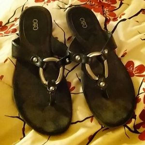 Sz 9m sandals by Cato